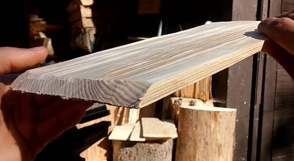 Ručne štiepaný drevený alpský šindeľ